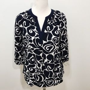 Crown Ivy Size XS Floral Top Black White Casual